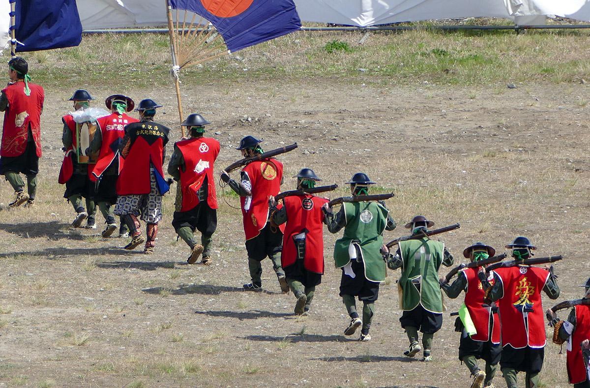 毎年ご参加いただいている、山形米沢藩の古式砲術隊